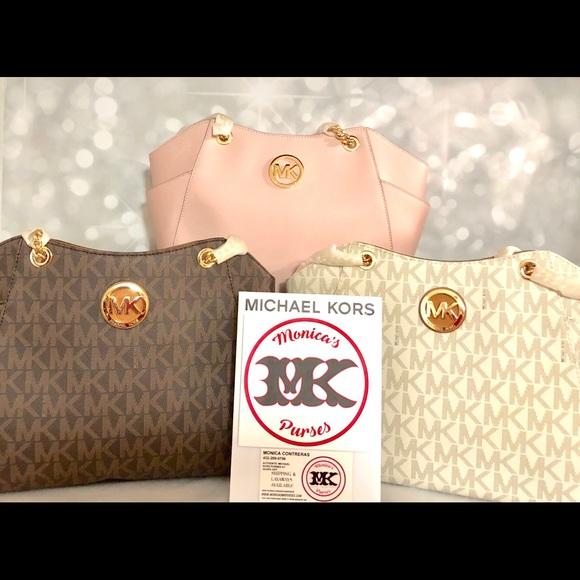 88914d91d7a2 Michael Kors Bags | Nwt Chain Tote Blossom Vanilla | Poshmark